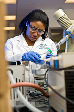 photo of a chemistry teaching assistant in a lab